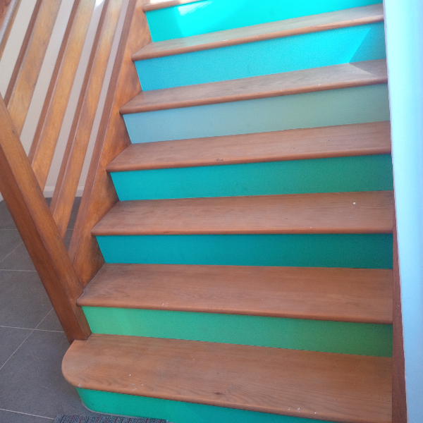 colour-room-green-stairs